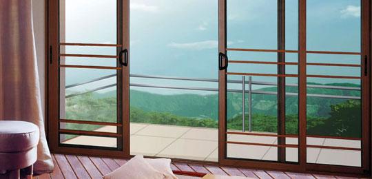 Showroominfissi un azienda che si occupa della for Infissi balcone
